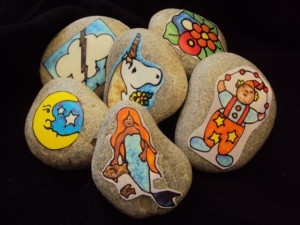 Storytelling Activities for Kids on storytelling day_DIY story stones for kids_imagine forest